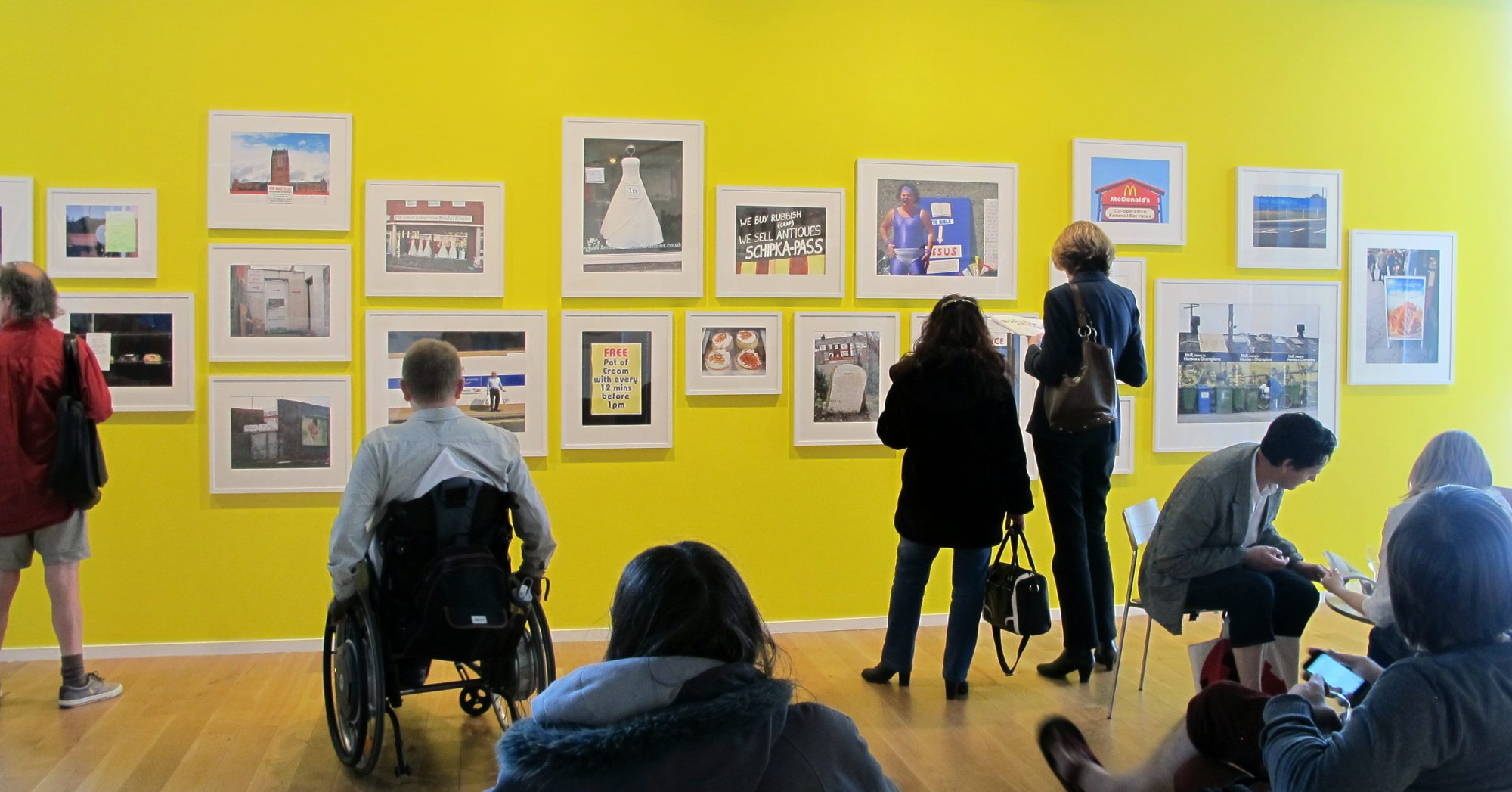 The Caravan Gallery installation at Impressiosn Gallery