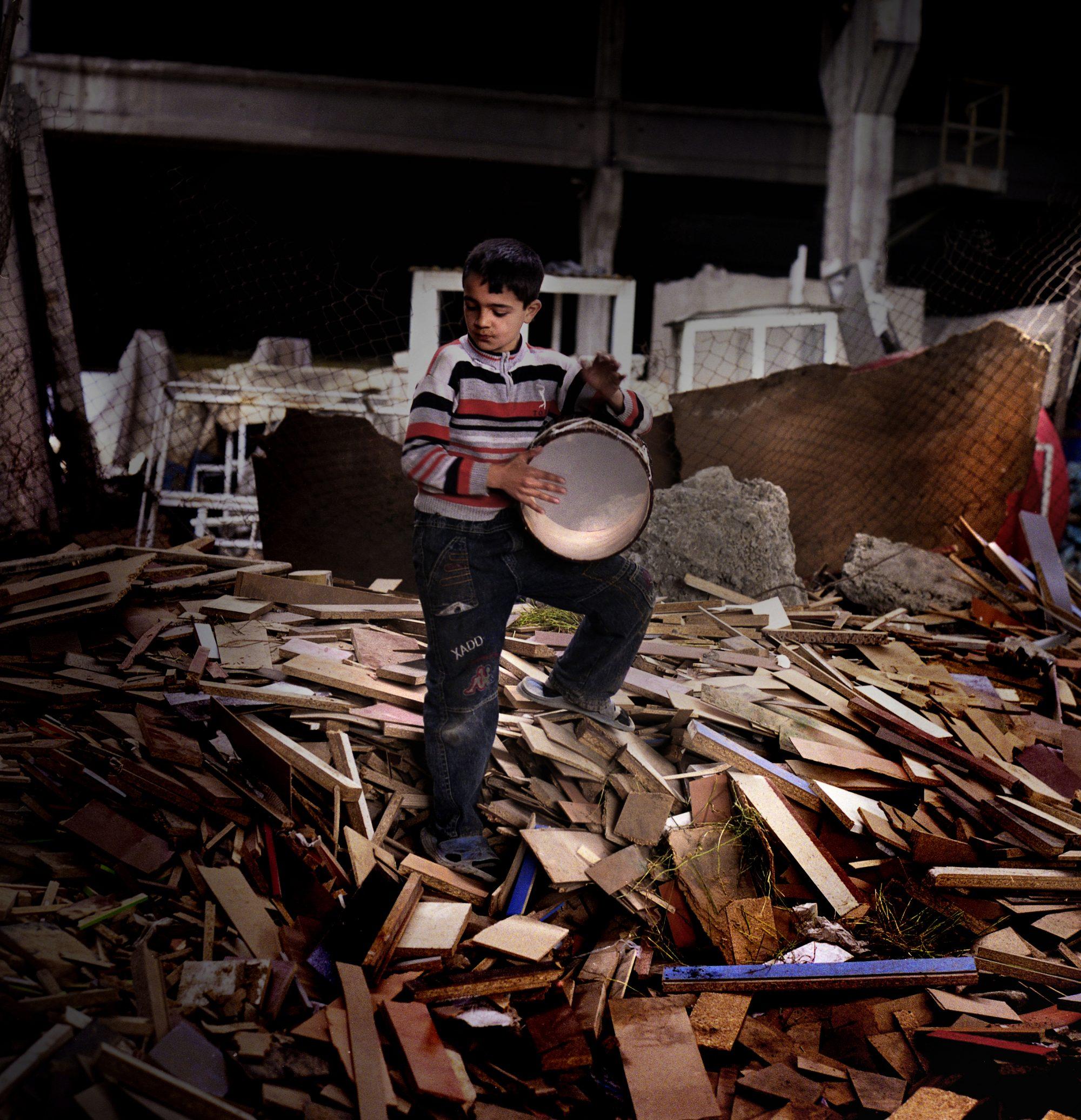 Boy with drum © Rena Effendi/Prince Claus Fund/INSTITUTE